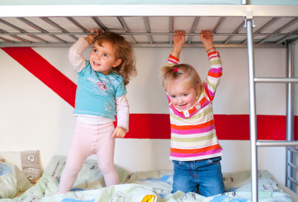 Kinder au dem Etagenbett